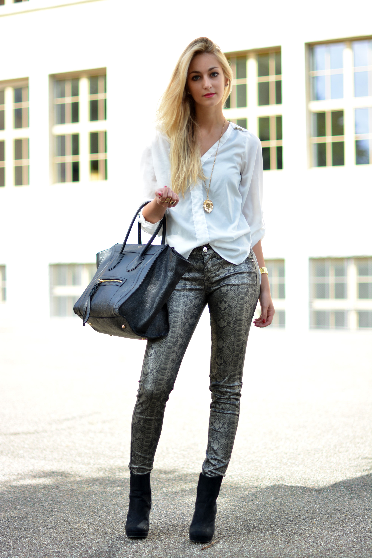 metallic snake skin jeans. Black Bedroom Furniture Sets. Home Design Ideas
